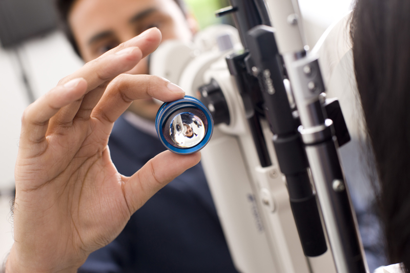 What Are The Career Options For An Optometrist?
